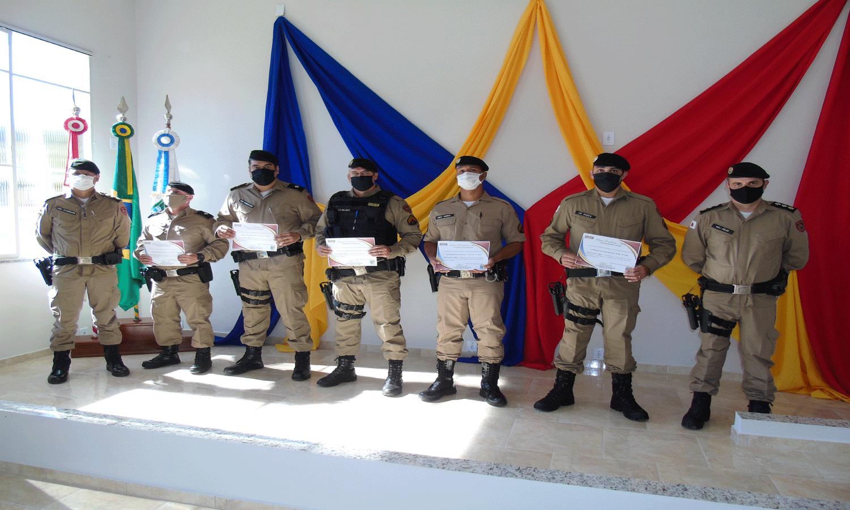 PM homenageia militares com o Prêmio Excelência e Mérito em São Lourenço